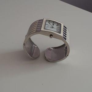 Louis Arden Clasp Bracelet Quartz Watch